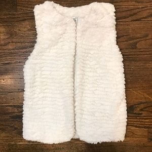Beautees White Furry Vest